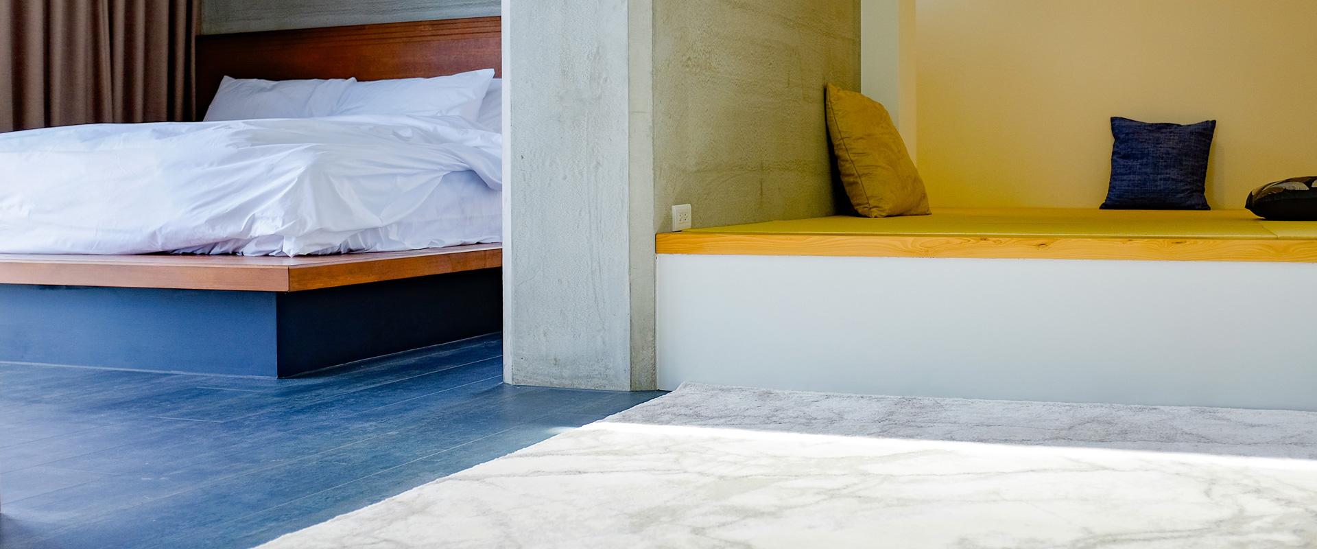 room-z-cover-3